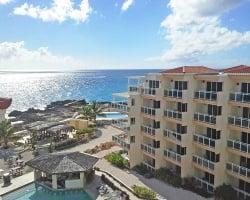 Grand suites at the caravanserai beach resort and casino casino employee